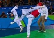 가라테에 쫓기는 태권도 … 도쿄올림픽 '마셜 아트' 빅2 대결