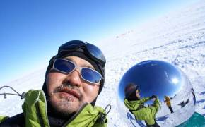 [week&] 남극·북극에 가는 건 겸손해지기 위해서죠