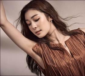 <!HS>김연아<!HE>, 춤추는 화보 공개…<!HS>'피겨<!HE><!HS>여왕'<!HE>의 추억