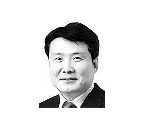 [정치 <!HS>세상읽기<!HE>] 개헌 방정식