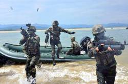 [사진] 북한군 백령도·대<!HS>연평도<!HE> 점령 훈련