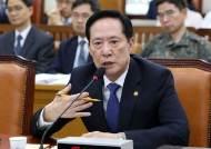 """[속보]송영무 """"NSC, 北과 '대화'보다 軍 대치 강화로 의견 모아"""""""