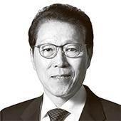 [시론] 북극 항로 개통은 한국의 재도약 기회다