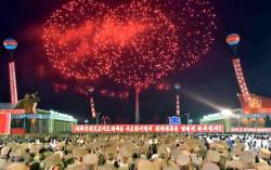 북한, <!HS>중국인<!HE> <!HS>관광객<!HE>에게 '핵' 선전…읍소 전략?