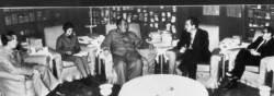 [<!HS>삶과<!HE> <!HS>추억<!HE>] 닉슨·마오 회담 통역한 왕하이룽 별세
