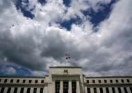 양적 긴축으로 기우는 미국, 금리 올릴 가능성은 희박