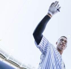 '50호포' 저지, 30년 만에 <!HS>MLB<!HE> 신인 최다 홈런 기록