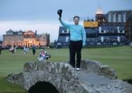 [세계 베스트 18홀을 모아본다면] 골프 전설들이 은퇴 사진 찍은 그곳