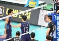 """김은섭과 신경전 문성민 """"팀 사기 위해 물러설 수 없었다"""""""