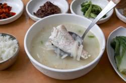 [여행기자의 미모 맛집] 33 제주 해장음식 끝판왕, 옥돔국