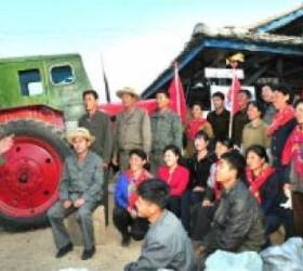 [북한TV<!HS>속<!HE>의 삶 이야기] 북한, 가을걷이·탈곡 <!HS>현장<!HE>에서 즉시 분배