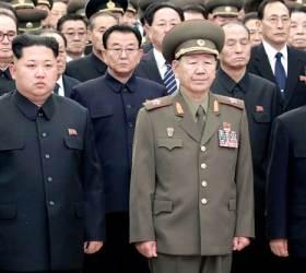 """""""<!HS>황병서<!HE>, 부하 비리 눈감았다가 김정은에 처벌당해"""""""