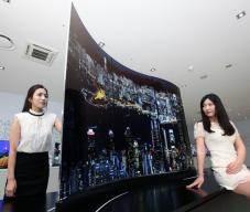 [단독]삼성·LG '적과의 동침'...내년 LG LCD단 삼성TV 나온다