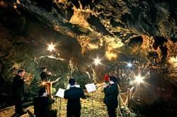 [THIS WEEK] 동굴 안에서 폴 포츠 음악회