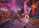 검열 완화 중국 극장가, 사후 세계 다룬 픽사 신작 '코코'에 열광