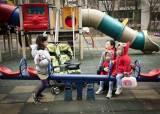 """""""학원 뺑뺑이 없애고, 공립 어린이집 늘릴 후보에 한 표"""""""