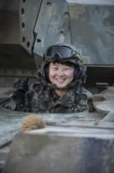 전군 최초ㆍ유일의 여군 전차 조종수 임현진 하사