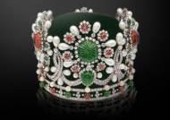 [알쓸로얄] 보석 1541개 박힌 왕관 썼던 이란 황후의 몰락
