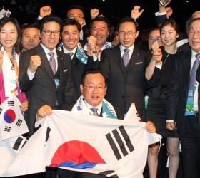 靑, MB에 평창올림픽 공식 초청장…박근혜·<!HS>노태우<!HE>·전두환은?