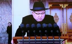 여동생 김여정 '환영받지 못한 손님' 될까 <!HS>열병식<!HE> 수위 조절했나