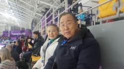 """[단독]빙상장 찾은 <!HS>반기문<!HE> """"올림픽 남북관계 전환점 될 것"""""""