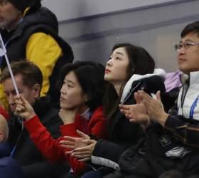 <!HS>피겨<!HE> <!HS>여왕<!HE> <!HS>김연아<!HE>, 민유라-겜린 아리랑 무대 응원