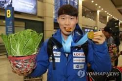 한국 최초 스노보드 '은메달' 이상호, 14년전 고랭지 배추밭서…