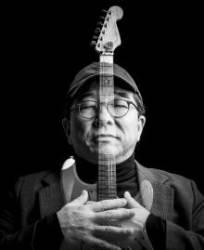 [권혁재 사진전문기자의 Behind & Beyond] '작은 거인' 김수철과 기타
