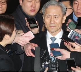 '석방 105일째' 재차 구속위기 <!HS>김관진<!HE>…새 영장판사 판단 촉각