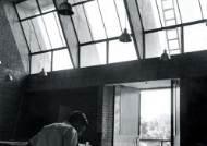 """'건축계 노벨상' 받은 인도 건축가, """"그냥 집이란 건 없다"""""""