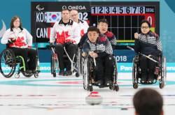 '잘 싸웠다 오벤져스' 韓 휠체어컬링, 평창 패럴림픽 4위 마감