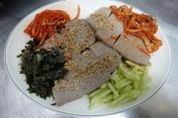 [이택희의 <!HS>맛따라기<!HE>] 부디 뜨문뜨문 가시길…순도 100% 국산 메밀묵 '의성식당'