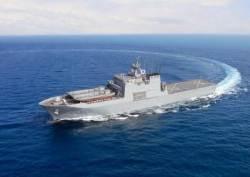 속속 나오는 상륙함…세번 째 차기 상륙함 일출봉함 인도