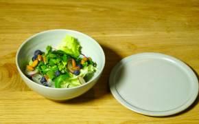 [폼나는 플레이팅] 채소의 아삭한 식감을 살릴 수 있는 샐러드 담기 비결