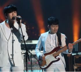 """YB, <!HS>평양<!HE> <!HS>공연<!HE>실황 '2018 YB 라이브 인 <!HS>평양<!HE>' 발표…""""음원 수익 기부"""""""