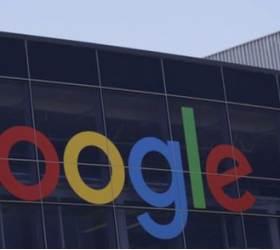 "<!HS>페이스북<!HE> 다음은 구글?…WSJ ""구글 <!HS>정보유출<!HE> 더 위협적"""