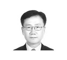 [노트북을 열며] '<!HS>땅콩회항<!HE>' 데칼코마니 되는 조현민 사건