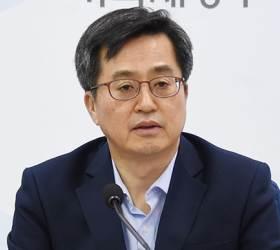 김동연 부총리 '<!HS>썰전<!HE>' 출연…문 정부 현직 각료 출연은 처음