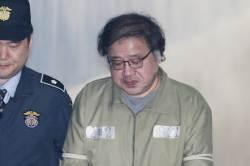 """안종범 측 """"朴, 세월호 참사 전날 성형시술 전해 들어"""""""
