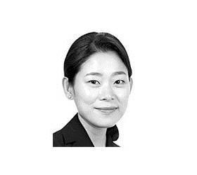 [김호정의 왜 음악인가] 로열 <!HS>웨딩<!HE>의 첼리스트는 누구