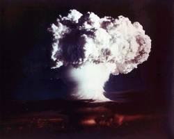 中, 3년간 200회 <!HS>핵<!HE> 모의실험…미·중·러는 차세대 <!HS>핵무기<!HE> 개발 중