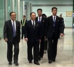 <!HS>북한<!HE> 김영철, 베이징 공항 도착…고려항공 평양행 탑승