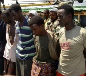 [<!HS>비즈<!HE> <!HS>프리즘<!HE>] 아프리카 해적 막는데 연간 70억 달러 … 해운업 골머리