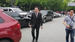"""[밀착마크] 박남춘 """"난 인천 토박이···劉, 선배지만 적폐는 적폐"""""""