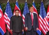 김정은에게 '인민복'이란