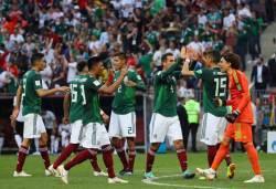 """'인공<!HS>지진<!HE>' 들썩인 멕시코, """"세계챔피언은 없었다"""" 혹평받은 독일"""