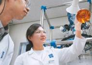 [세계로 나가는 K팜] 미래 제약업 성장동력 신약·바이오의약품 개발 글로벌 시장 확대 총력