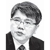 [시론] 정치에 휘둘리는 '국민연금 관치주의' 문제 있다