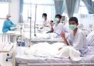 동굴 속 사흘 간 사투···긴박했던 태국 구조 과정 공개