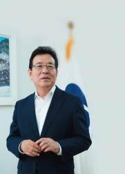 [월간중앙 릴레이 인터뷰 | 6·13선거 화제의 당선자] '보수 불패' 신화 깬 정순균 강남구청장